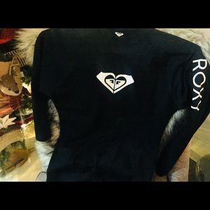 Roxy black sports shirt